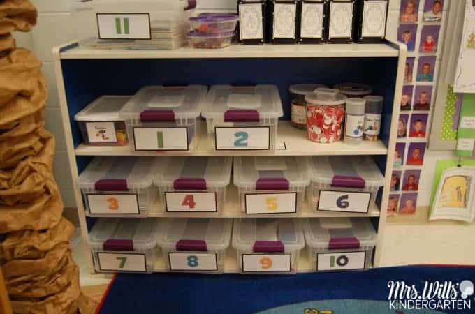 Math Work Stations Book Study Organization. Find tips to organize your math work stations plus a free download.