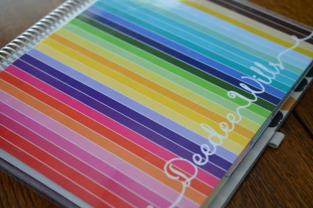 Looking for a way to get yourself organized for the new school year? Check out these beautiful kindergarten teacher planners by Erin Condren!