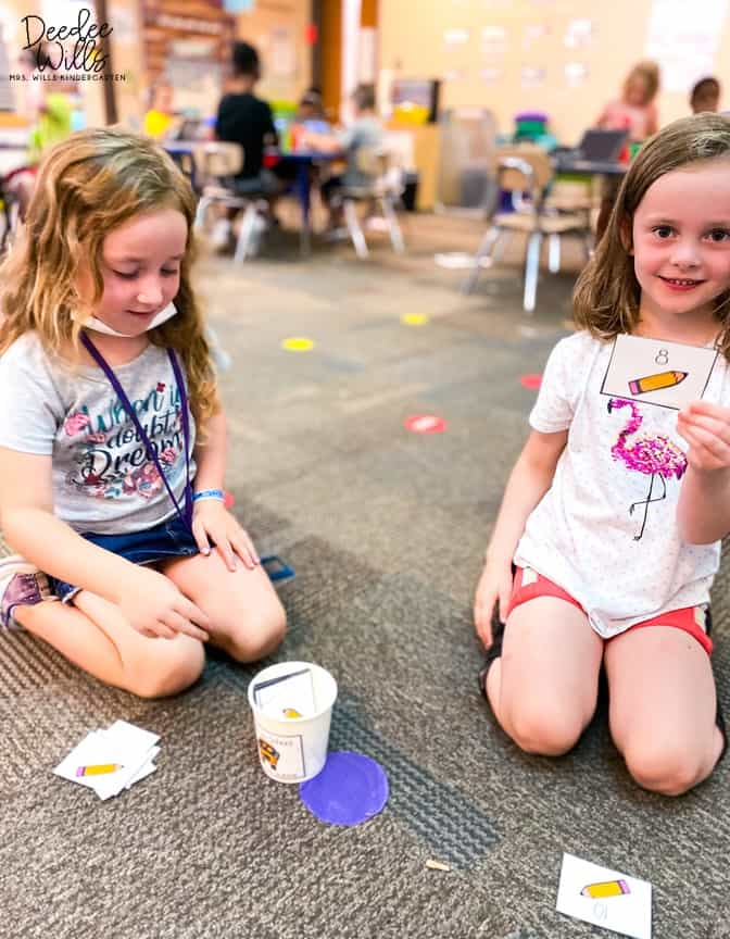 Kindergarten math centers are a great way to improve your students' math skills. Check out these printable math stations! Addition, subtraction, composing and decomposing numbers, measurement and more! Your students will love these math centers all year long!