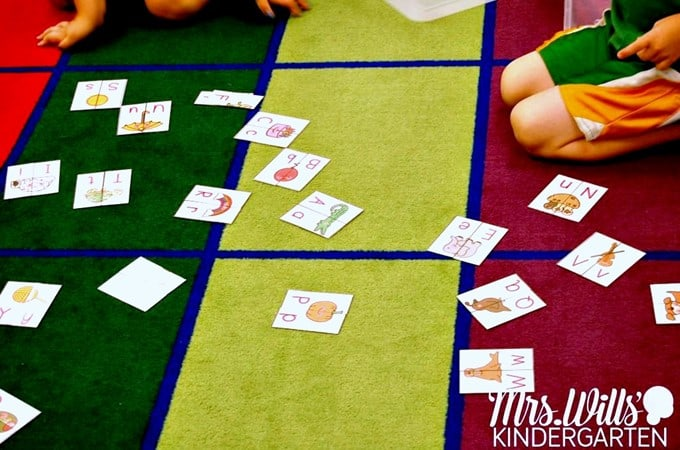Start Centers in Kindergarten with these Sanity-Saving Tips!