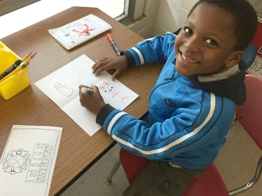 Students at the writing center. Perfect for kindergarten or first grade!