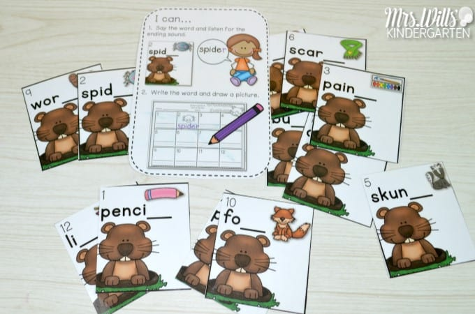 Groundhog Day Lesson Plans for kindergarten. This post includes books, music and poetry, printable, literacy centers, and math centers to make your Groundhog Day activities the BEST!