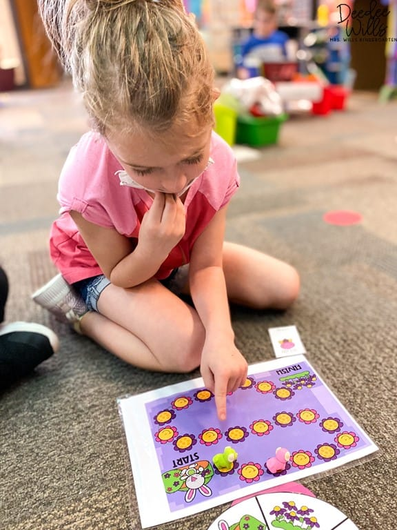 5 Mastering Sight Words Centers for Kindergarten | Plus a Free Sample! 7