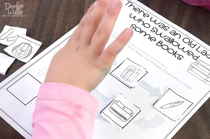 Start Centers in Kindergarten with these Sanity-Saving Tips! 1