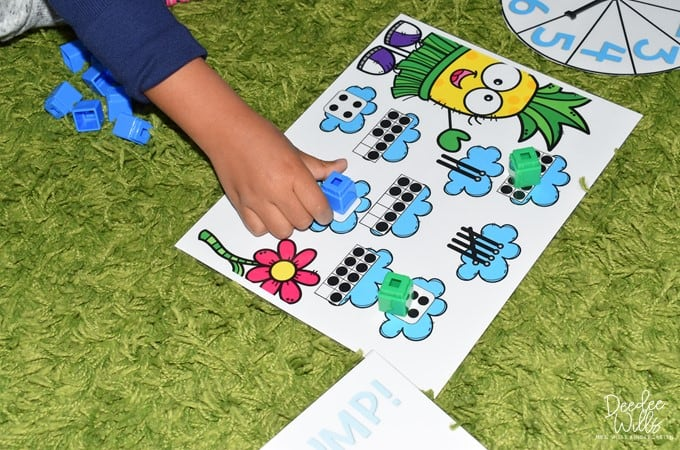 Start Centers in Kindergarten with these Sanity-Saving Tips! 3